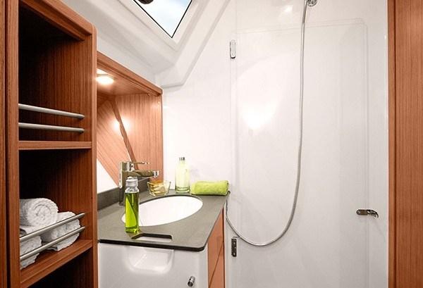 BAV 41 - Naßzelle mit Toilette, Dusche & Waschbecken