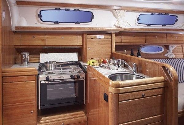 Bavaria 33 Cruiser - Küche