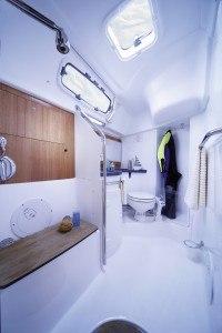 Bavaria 38 - Naßzelle mit Toilette & Dusche