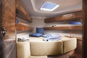 Bavaria 39 - Kabine vorne mit geräumiges Doppelbett