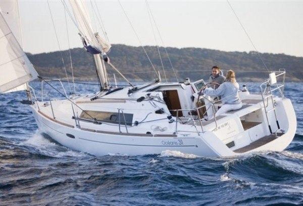 Beneteau Oceanis 31 - Cockpit